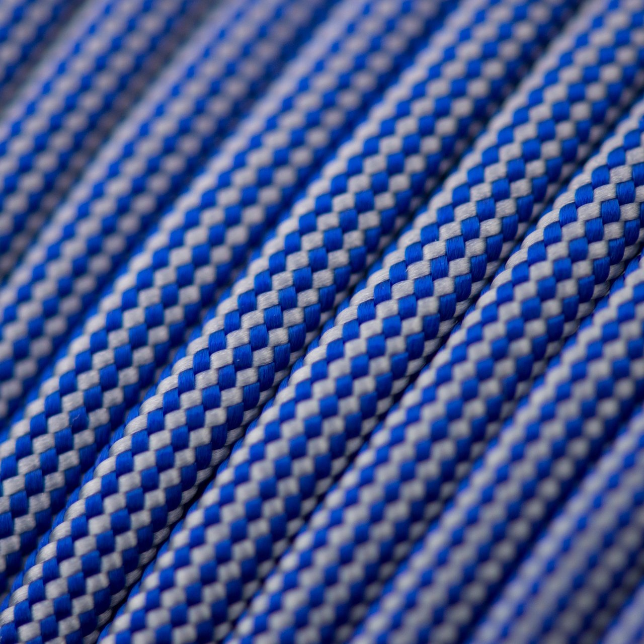 Electric Blue & Silver Grey Stripes Paracord Type III